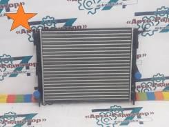 Радиатор Renault Logan 1.4 / 1.6 без кондиционера 08- / LADA Largus 12