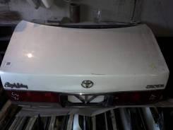 Крышка багажника. Toyota Crown, GS151, GS151H, GXS10, JZS151, JZS153, JZS155, JZS157, LS151, LS151H, TSS10, YXS10, TSS10H, YXS10H 1GFE, 1GGPE, 1JZGE...