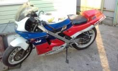 Honda VFR 400, 1998