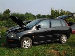 Mitsubishi Space Runner-2000г. по запчастям