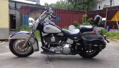 Harley-Davidson Heritage Softail Classic FLSTC, 2000