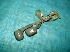 Ручка открывания лючка топливного бака и багажника Hyundai Accent II 2005