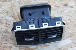 Дефлектор в подлокотник AUDI A6 Quattro 3.2 4F2 ONL C6. Audi A6 allroad quattro, 4FH Audi S6, 4F2, 4F5 Audi RS6, 4F2, 4F5 Audi A6, 4F2, 4F5, 4F2/C6, 4...