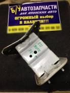 Кронштейн усилителя бампера Nissan NOTE E11 передний