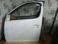 Накладка на дверь. Toyota Funcargo, NCP20