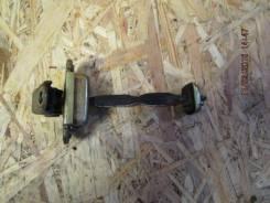 Ограничитель двери передней левой Nissan Almera N16 00-06