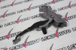 Педаль тормоза N. Skyline PV35 [Leks-Auto 302]