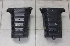 Кронштейн усилителя переднего бампера Lexus GS300 GS350 GS430 GS450h