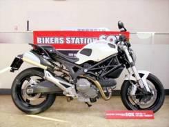 Ducati Monster696, 2011