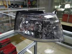 Габарит Toyota Vista 94-98, правый