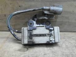 Реле вентилятора Toyota 85928-12010