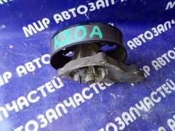 Помпа на Honda K20A