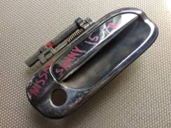 Ручка дверная правая передняя Nissan sunny 15