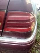 Задний фонарь. Mercedes-Benz E-Class, W210