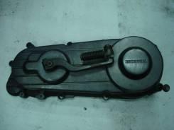 Крышка вариатора на Honda LEAD 50 (AF20)