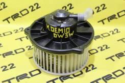 Мотор печки Mazda Demio DW3W Контрактный.