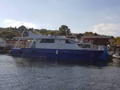 """Моторная водоизмещающая яхта """"Ирис"""""""