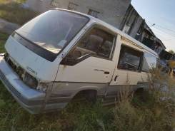 Nissan Caravan, 1990
