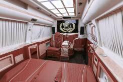 """Mercedes-Benz Sprinter. VIP автобус Мерседес Спринтер 4x4 """"Кабинет на колесах"""" в Москве, 5 мест"""