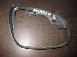 Рамка зеркала правого VW Sharan