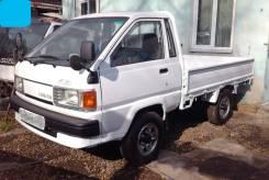 Toyota Lite Ace. 4WD, борт 1 тонна, 2 000куб. см., 1 000кг., 4x4