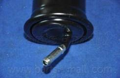 Фильтр Топливный Parts-Mall арт. PCH037