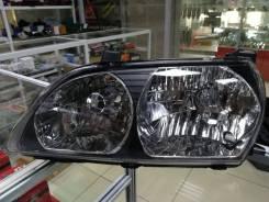 Фара Toyota Ipsum 98-01, левая