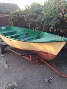 Лодка рыбацкая в Ейске