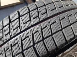 Bridgestone Blizzak Revo2. зимние, без шипов, 2012 год, б/у, износ 20%