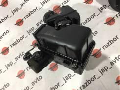Корпус воздушного фильтра. Lexus RX330