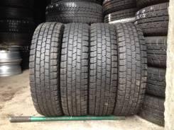 Dunlop DSV-01. зимние, б/у, износ 10%