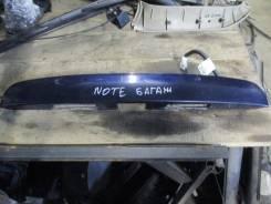 Накладка двери багажника Nissan Note (E11) 2006-2013 (908129U00H)