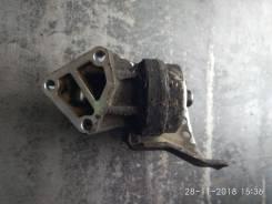 Кронштейн масляного фильтра K8 Mazda Cronos GE5P