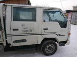 Toyota Hiace. Тойота Хайс м/г., 2 400куб. см., 1 500кг., 4x4