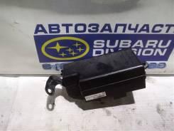 Блок предохранителей под капот Subaru Forester SG5 SG9