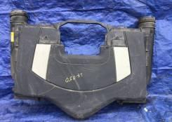Корпус воздушного фильтра для Мерседес Р 350