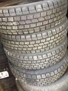 Dunlop DSV-01. зимние, без шипов, 2013 год, б/у, износ 5%