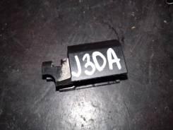 Фиксатор топливного шланга J30A honda