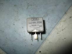 Реле Audi Audi 80 1992
