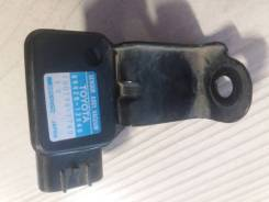 Продам датчик вакуумный Toyota Corolla 89420-12040