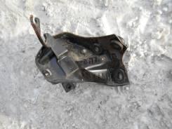 Крепление топливного фильтра Honda CR-V RD1