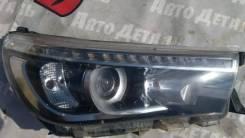 Фара правая Toyota Hilux Тойота 2016