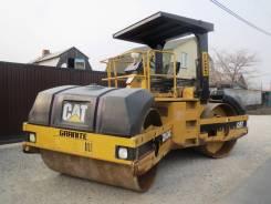 Caterpillar. Японский тандемный вибрационный каток с силой виброудара 20 тонн