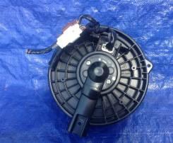 Моторчик печки для Хонда Легенда 4/ Acura RL 04-11