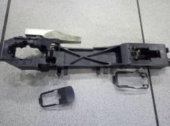 Кронштейн ручки двери Nissan X-Trail NT31
