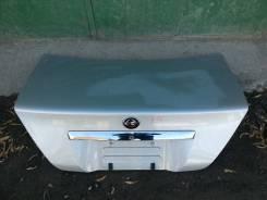 Крышка багажника Nissan Cedric