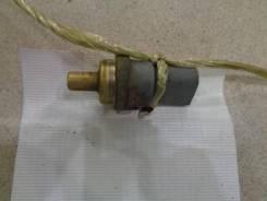 Датчик температуры охлаждающей жидкости Volkswagen Touareg 2002-2010 Номер OEM 06A919501A