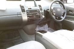 Бардачок. Toyota Ractis, NCP100, NCP105, SCP100 Toyota Prius, NHW20, ZVW30, ZVW30L, ZVW35 Toyota Aqua, NHP10 Honda Fit, GE, GE6, GE7, GE8, GE9 Mazda A...
