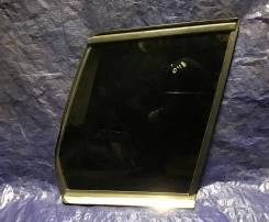 Правое боковое стекло в кузов Мерседес GLK X204
