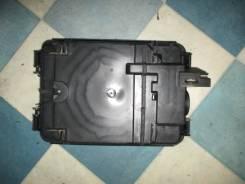 Корпус блока управления EFI Volkswagen Passat 3B5 1999